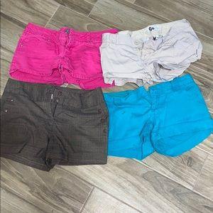 🔥SALE🔥🔶LOT Junior's shorts size 9 🕶☀️